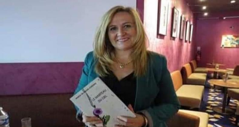Salon du livre: association des mots, des livres